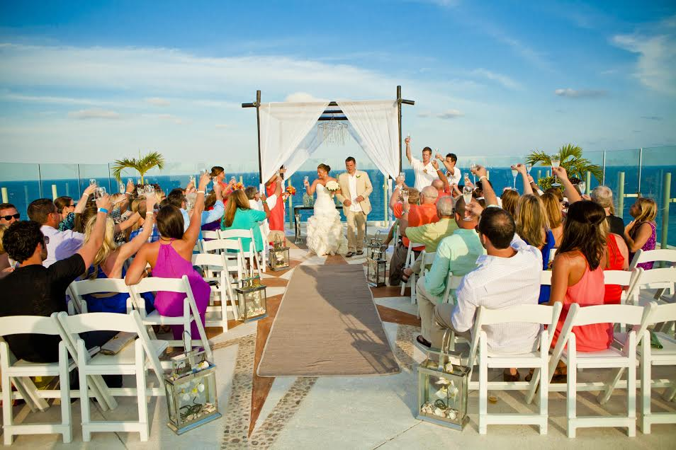Destination weddings travel agent and agency plan beach wedding destination weddings travel agency junglespirit Image collections