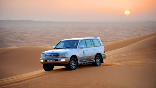 Sunset Desert Safari with Barbecue Dinner & Belly-Dancing Show