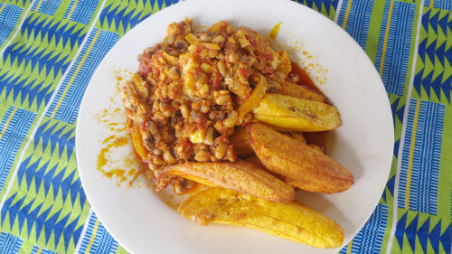 Small-Group West African Markets & Cuisine Tour by Urban Adventures