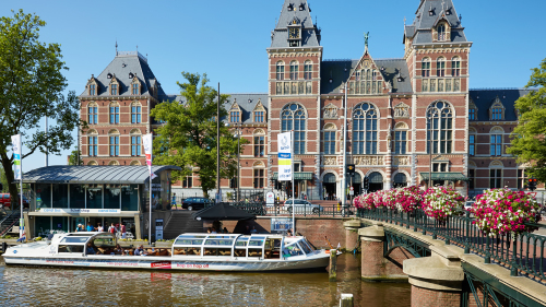 Skip-the-Line Rijksmuseum & Sightseeing Canal Cruise
