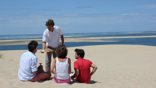 Arcachon Bay Tour with Oyster Tasting & Wine