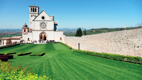 Assisi, Cortona & Perugia Full-Day Tour by My Tour