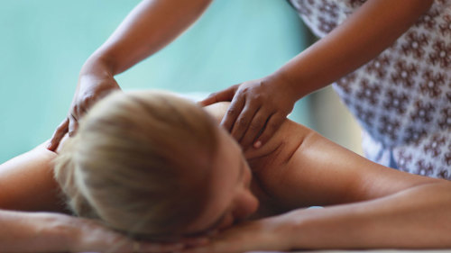 Luxury Relax Massage Package by Aroma Spa Retreat