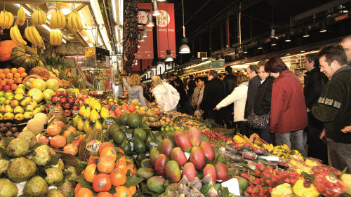 Old Town, Las Ramblas & La Boqueria Walking Tour by Miki Tourist