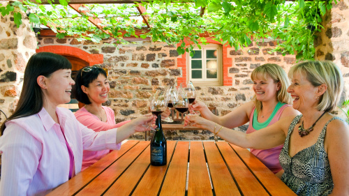Barossa & Hanhdorf Day Tour