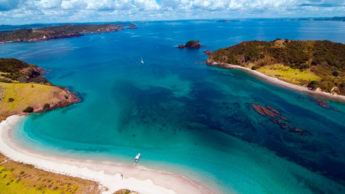 Bay of Islands Helicopter Flight & Cruise Escape