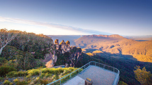 Blue Mountains & Wildlife Park Day Tour by AAT Kings