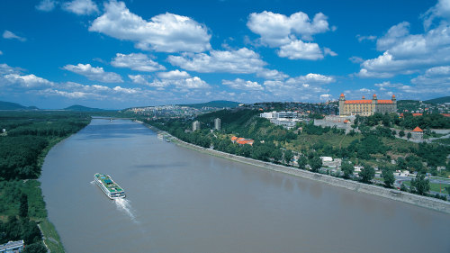 Bratislava Day Trip with Lunch & Danube Cruise