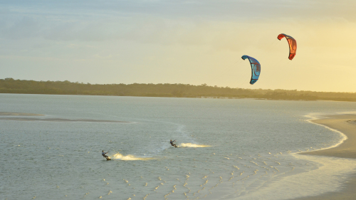 Small-Group Kitesurfing Lesson by Surf Connect Wind & Kitesurfing School