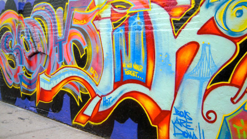 Bronx Neighborhood Half-Day Tour & Graffiti Workshop