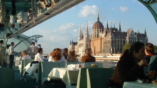 Panoramic City Tour & Danube Cruise by CRB Cityrama