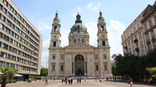 Scholar-Led Changing Landscape of Budapest Walking Tour