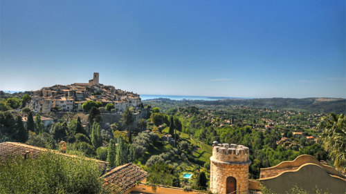 Private Cannes, Grasse & St Paul de Vence Full-Day Tour by Tour Azur