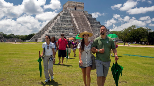 Xcaret Park & Chichén Itzá All-Inclusive Combo