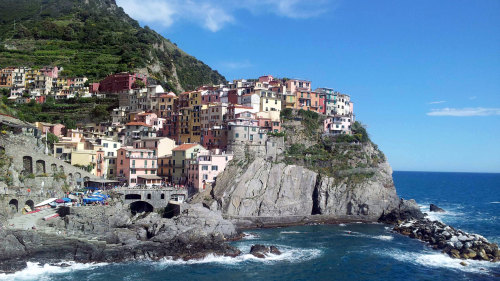 Small-Group Cinque Terre & Winetasting Day Trip