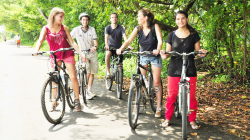 Small-Group Fort Kochi by Bike Tour by Urban Adventures