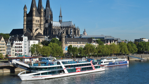 Panoramic Sightseeing Cruise