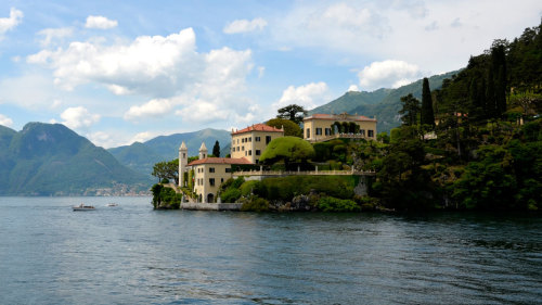Como, Bellagio & Lecco Full-Day Tour by Train by Veditalia