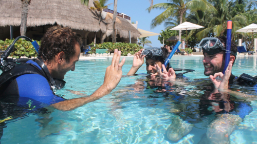 Discover Scuba Diving Experience with All-Inclusive Day Pass