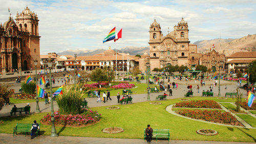 Small-Group Cusco Ruins & Market Tour by Urban Adventures
