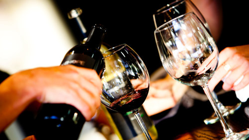 Wine Enthusiast Tour to 3 Area Wineries by Mile High Wine Tours