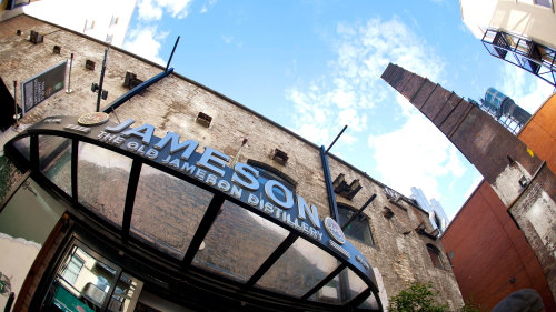 City Tour & Skip-the-Line at Guinness & Jameson Attractions