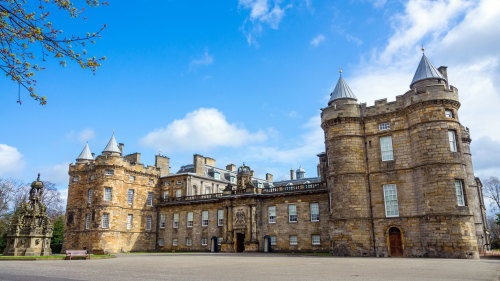 Priority Admission to Holyroodhouse Palace with Audio Guide