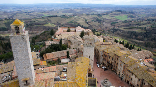 Full-Day Siena & San Gimignano Tour by Miki Tourist