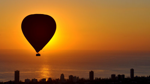 Hot Air Balloon over Gold Coast by Balloon Down Under