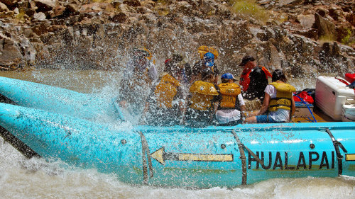 Sundance Helicopters: Full-Day Grand Canyon Tour with Whitewater Rafting