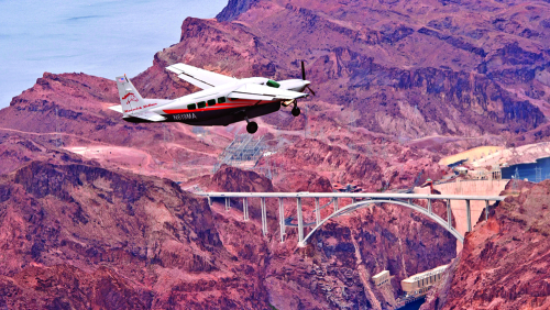 Maverick Airlines: Grand Canyon by Air with Western Territory Tour