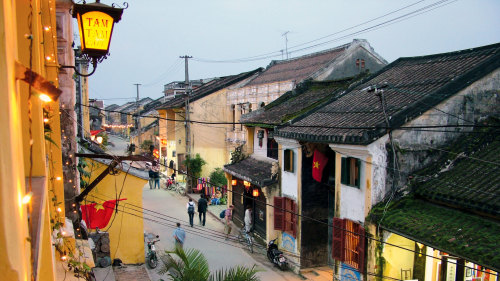 Small-Group Hoi An Walking Tour & Cooking Class by Urban Adventures