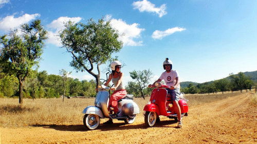 Classic Vespa Island Tour with a Local by Trip4Real