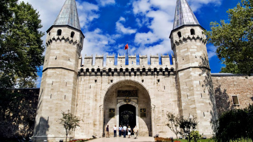 Topkapi Palace & Rustem Pasha Mosque Afternoon Tour