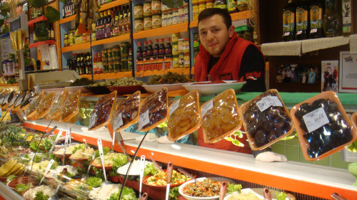 Culinary Treasures of Kadikoy Small-Group Walking Tour