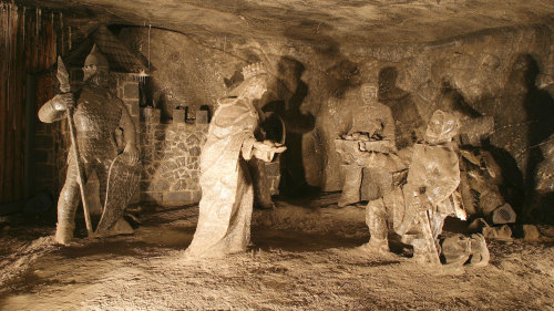 Wieliczka Salt Mine Half-Day Tour by Cracow Tours