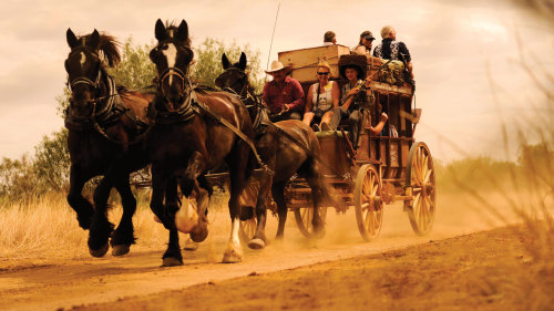 Longreach Tour & Stagecoach Adventure by Kinnon & Co