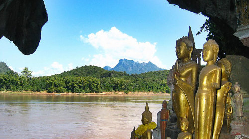 Private River Cruise to Pak Ou Caves & Lao Villages Tour