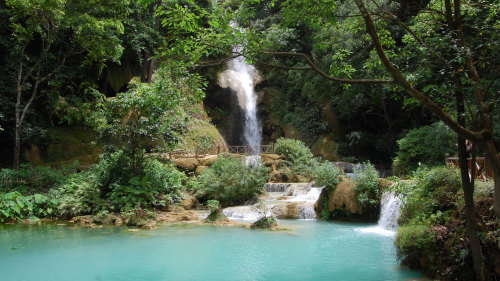 Private Hill-Tribe Village & Kuang Si Falls Tour