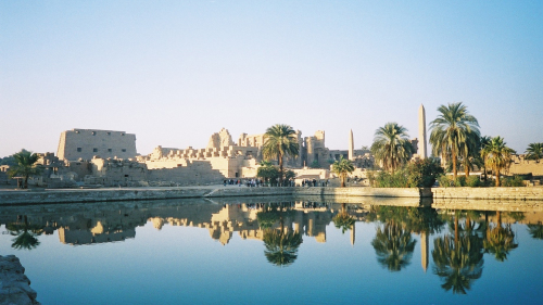Luxor Private Full-Day Tour via Plane with Lunch