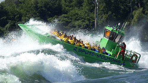 Saint Lawrence Whitewater Jet Boat Adventure by Lachine Rapids Tours