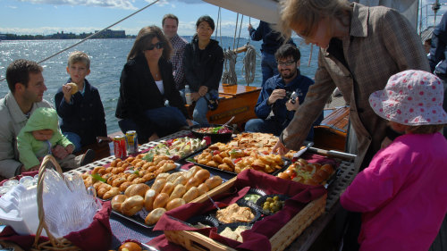 Champagne Brunch Cruise on Shearwater Schooner