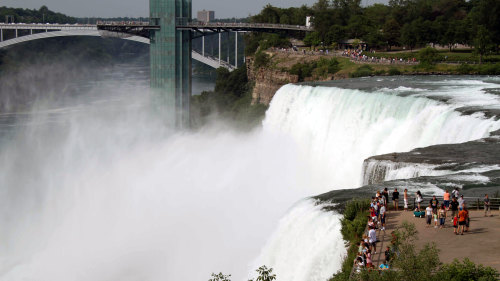 Overnight to Niagara Falls & Shopping Excursion by Empire Vacations