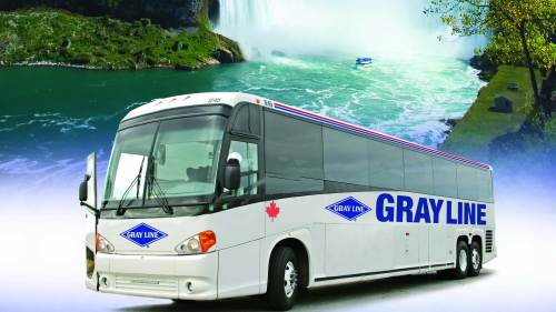 Niagara Falls Day Tour with Lunch & Cruise