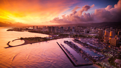 Waikiki Sunset Helicopter Tour by Novictor Aviation