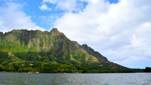 Royal Circle Island & Kualoa Ranch Boat Ride