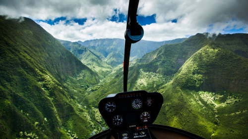 Path to Pali Passage Helicopter Tour by Novictor Aviation