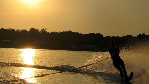 Waterski, Wakeboard, or Tube Ride Boat Charter