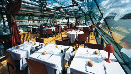 Lunch Cruise along the Seine River by Bateaux Parisiens