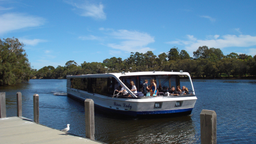 Swan Valley Wineries Tour with Cruise by Swan Valley Tours